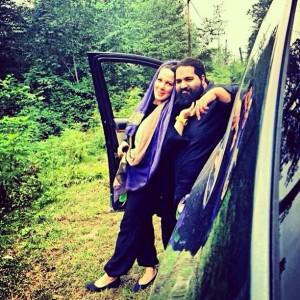 عکس رضا صادقی در آغوش همسرش