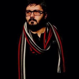 عکس آتلیه ای کامبیز دیرباز