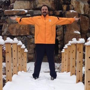 عکس کامبیز دیرباز در برف