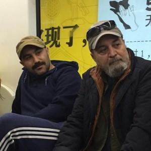 عکس محسن تنابنده در مترو پکن